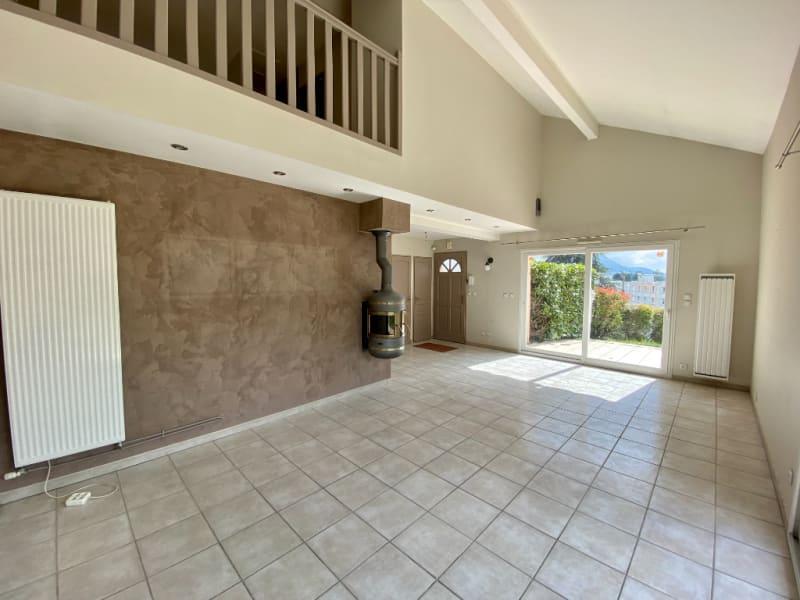 Sale house / villa Voiron 449000€ - Picture 3