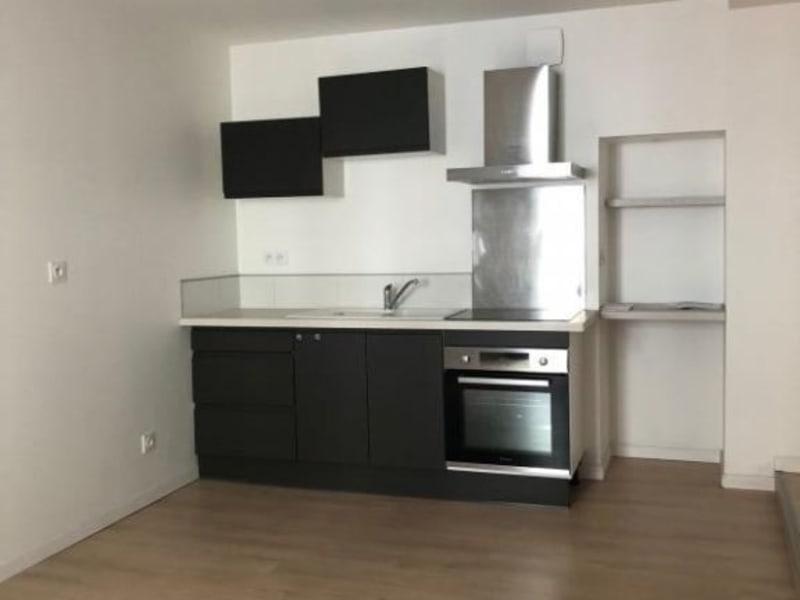 Rental apartment Rives 465,80€ CC - Picture 5