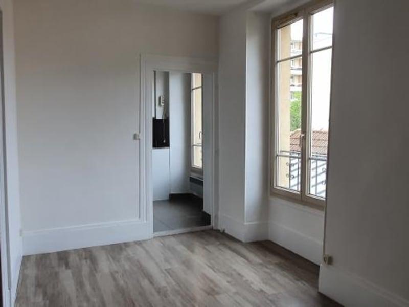 Location appartement Poissy 699€ CC - Photo 3