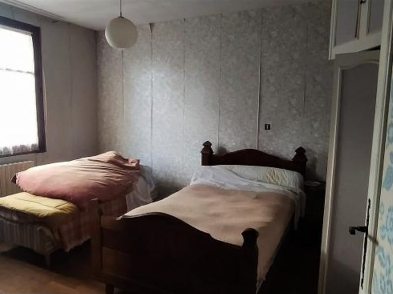 Sale house / villa Chalus 76000€ - Picture 10