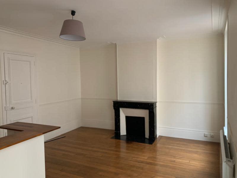 Rental apartment St germain en laye 1075€ CC - Picture 3