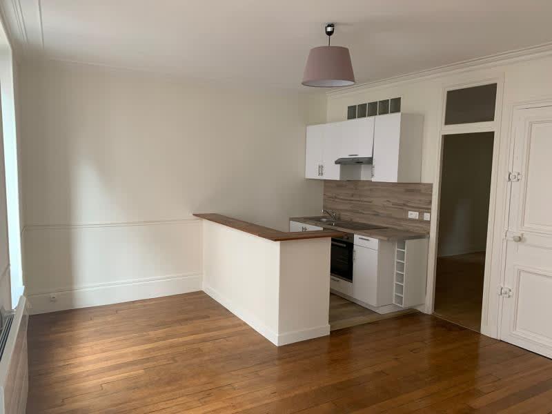 Rental apartment St germain en laye 1075€ CC - Picture 4