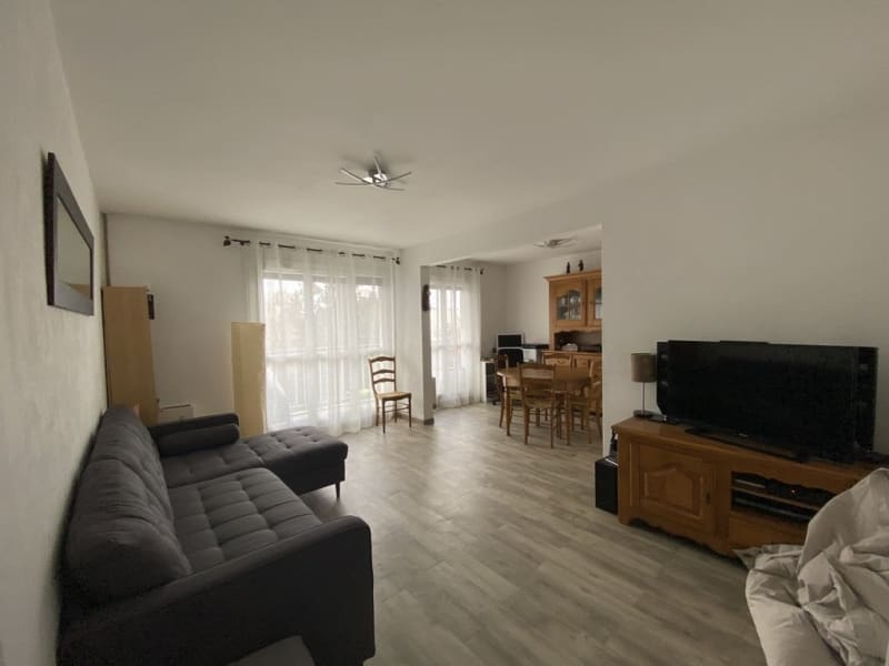 Sale apartment Les ulis 165000€ - Picture 2