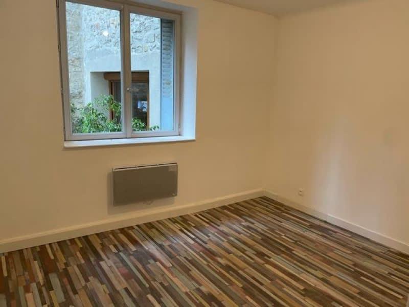 Location appartement Cerdon 585€ CC - Photo 5