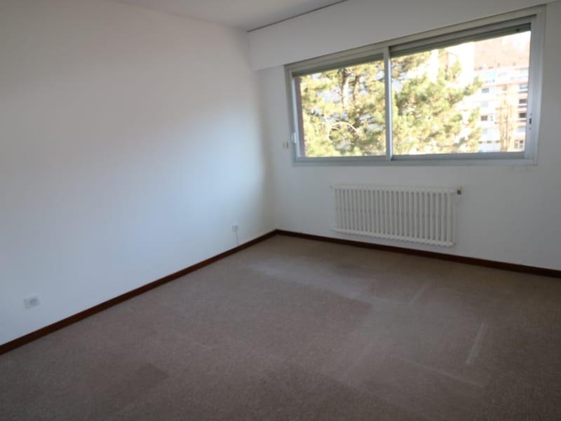 Location appartement Bonneville 770€ CC - Photo 4