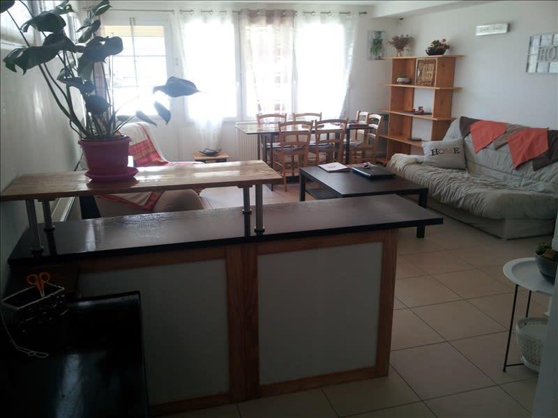 Rental apartment Chanteloup les vignes 732,91€ CC - Picture 3