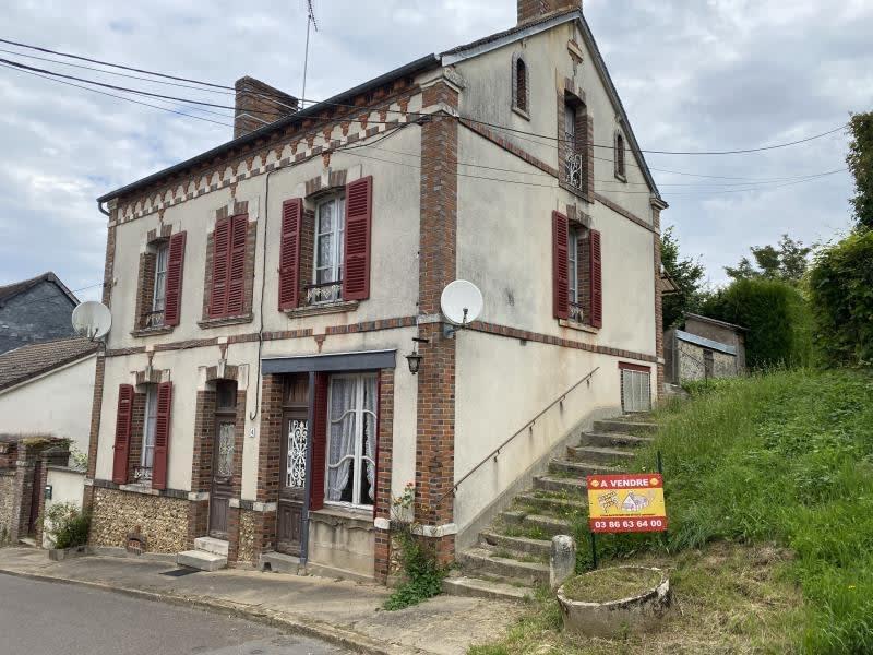 Vente maison / villa Champignelles 79000€ - Photo 1