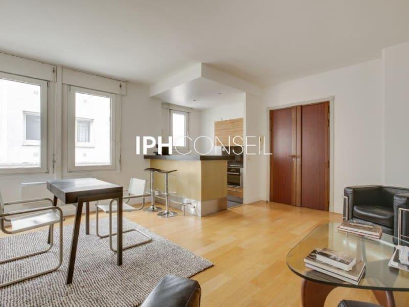 Sale apartment Paris 8ème 850000€ - Picture 1