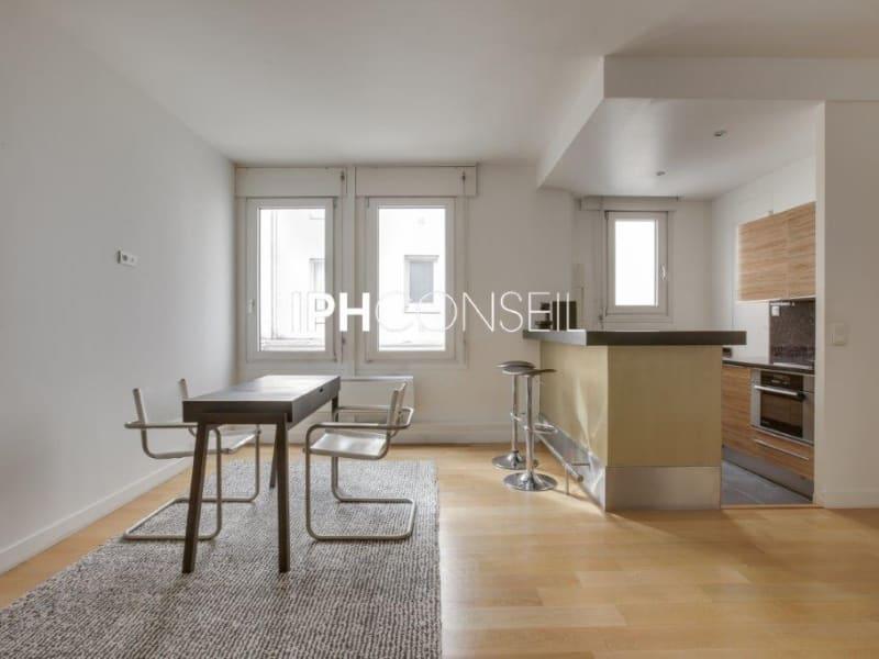 Sale apartment Paris 8ème 850000€ - Picture 3