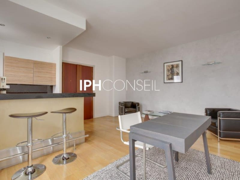 Sale apartment Paris 8ème 850000€ - Picture 7
