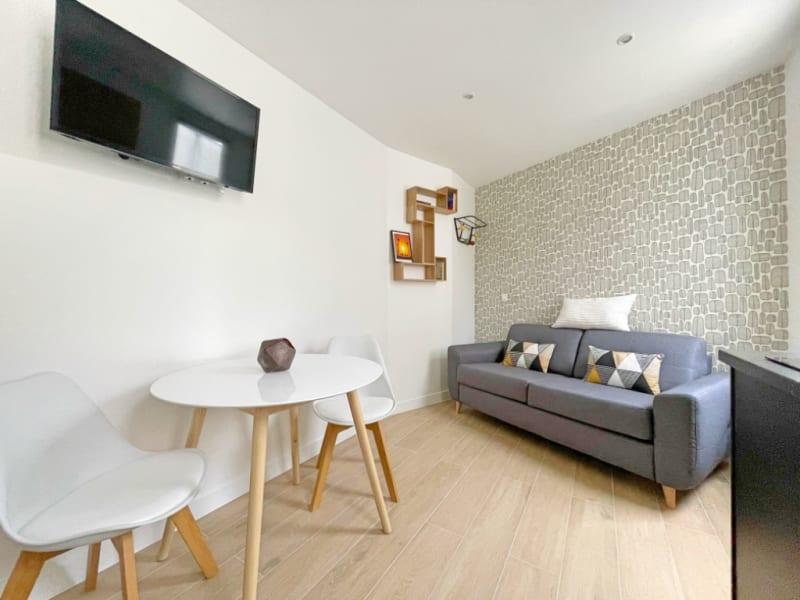 Rental apartment Paris 17ème 950€ CC - Picture 1