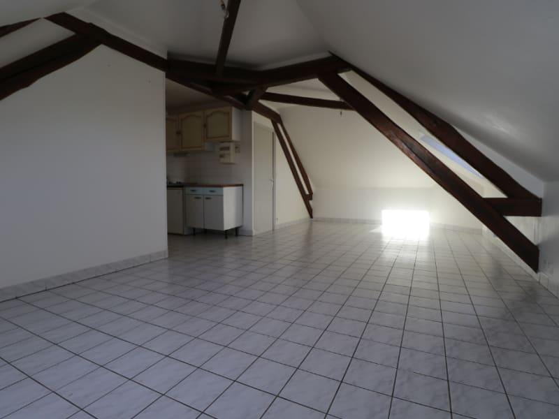 Location appartement Landelles 360€ CC - Photo 2