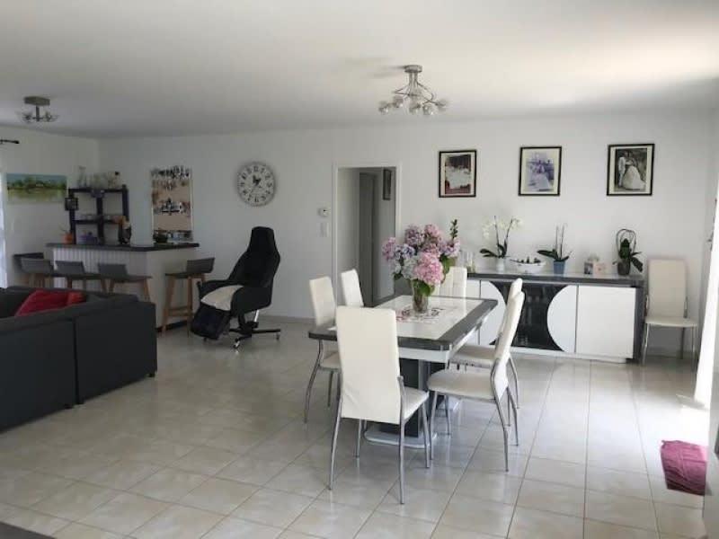 Sale house / villa Lapouyade 301000€ - Picture 4