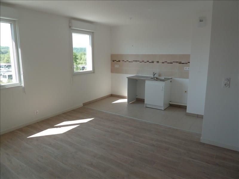 Rental apartment Carrieres sous poissy 761,23€ CC - Picture 2
