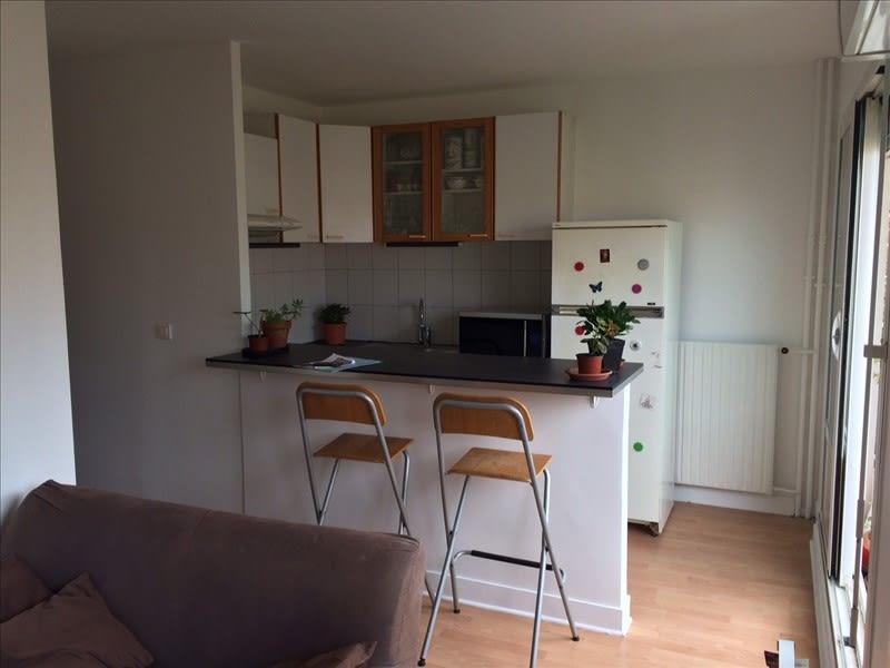 Location appartement Asnieres sur seine 885€ CC - Photo 5