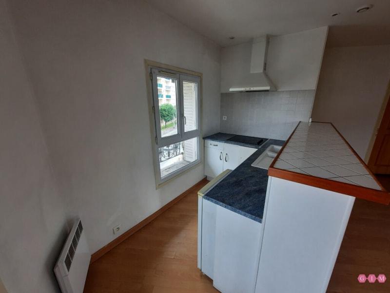 Location appartement Poissy 800€ CC - Photo 5
