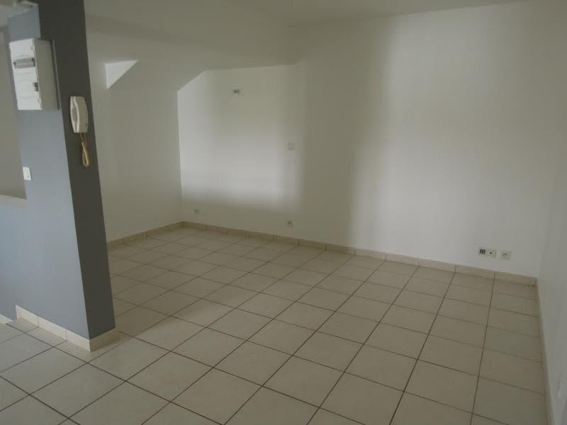 Rental apartment Crepy en valois 430€ CC - Picture 2
