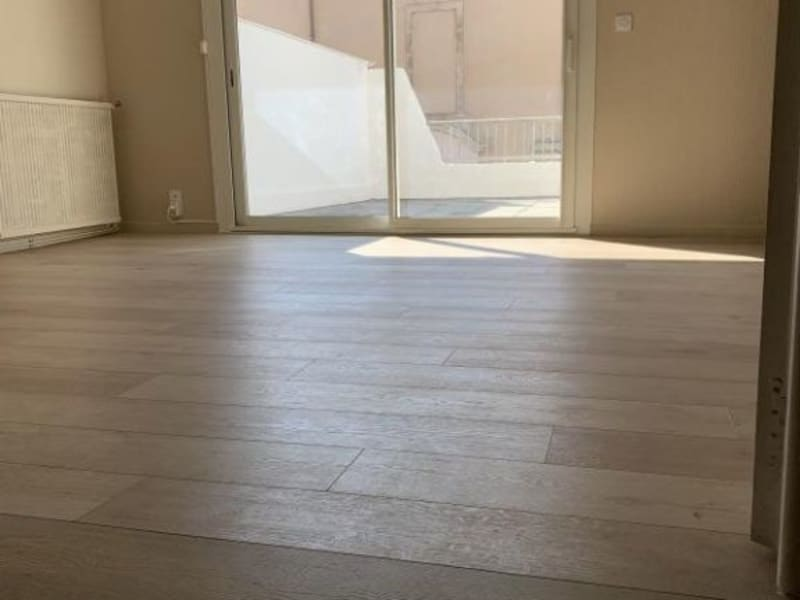 Rental apartment Lunel 610€ CC - Picture 2
