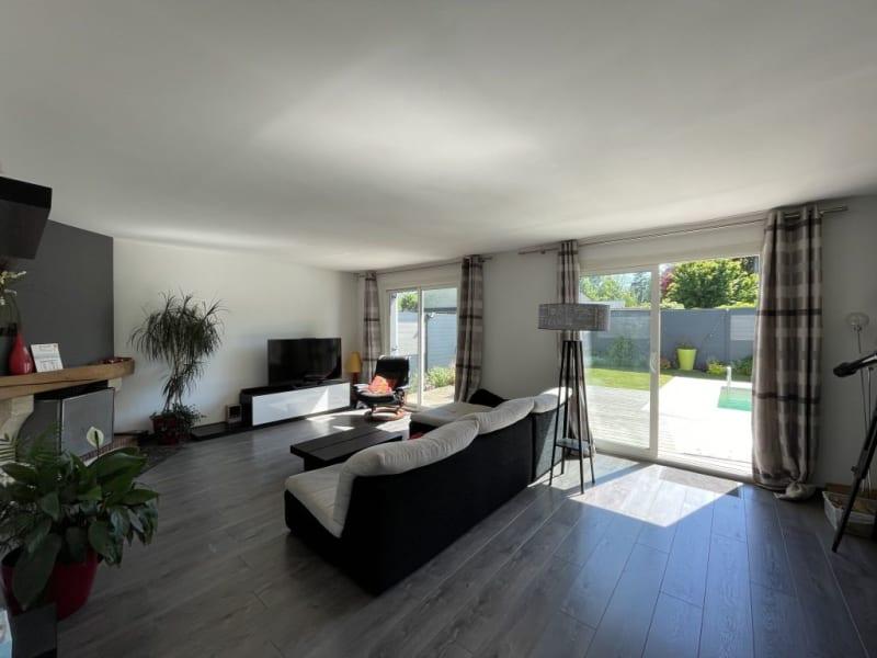 Sale house / villa Forges les bains 500000€ - Picture 3