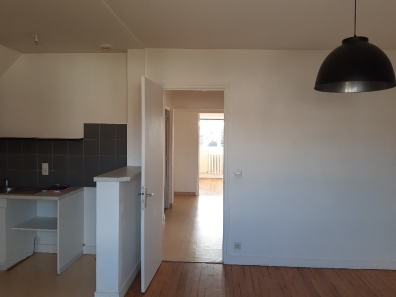 Location appartement Falaise 500€ CC - Photo 3