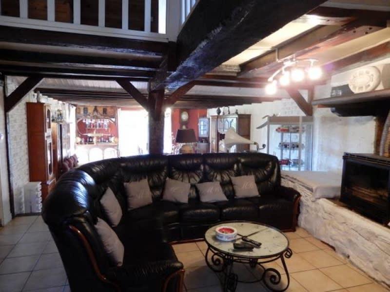 Vente maison / villa Garlan 250000€ - Photo 4