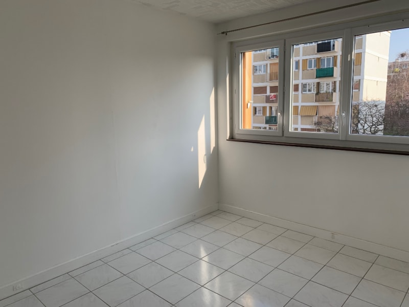 Rental apartment Conflans ste honorine 927€ CC - Picture 7