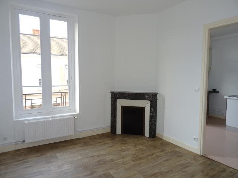 Location appartement Roanne 365€ CC - Photo 1