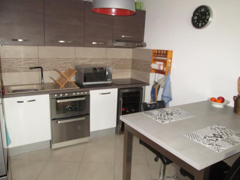 Rental apartment Sete 850€ CC - Picture 3