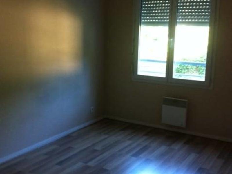 Rental apartment Arpajon 875€ CC - Picture 2