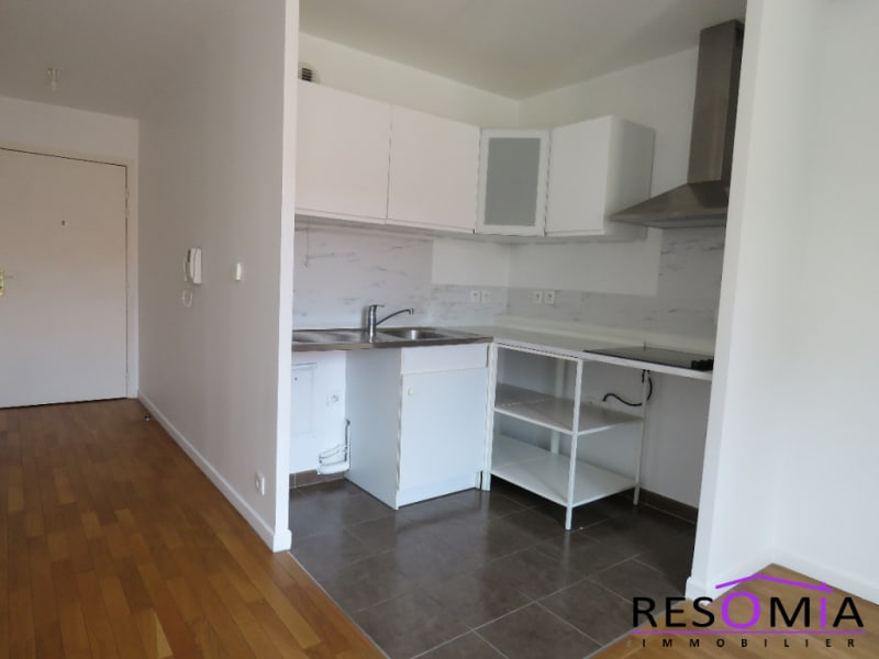 Rental apartment Chatillon 950€ CC - Picture 2