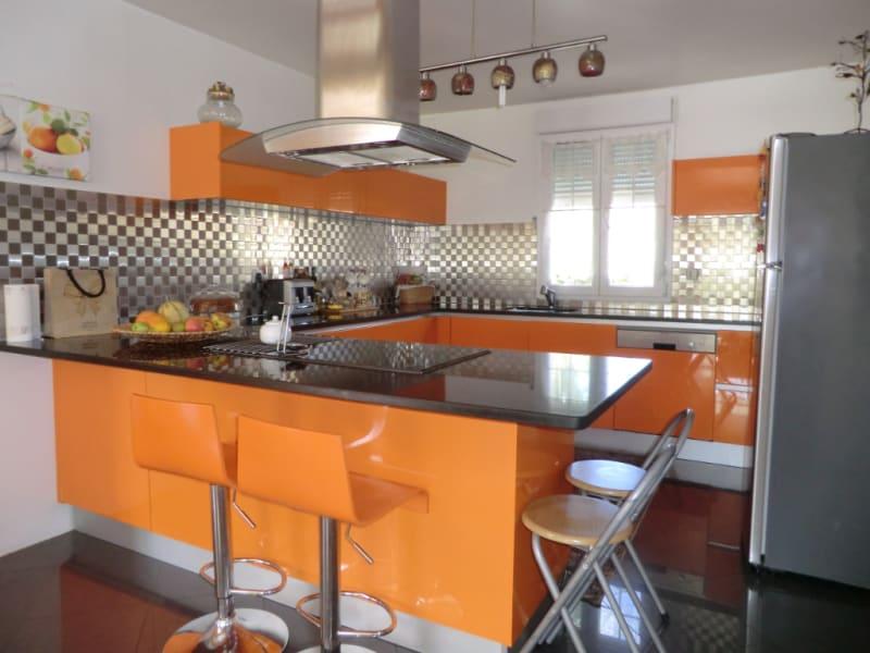 Sale house / villa Orry la ville 549000€ - Picture 2