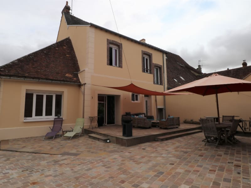 Rental house / villa Courville sur eure 1170€ CC - Picture 2