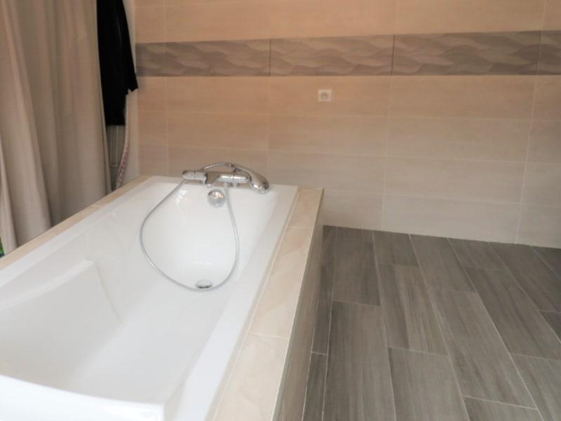 Rental house / villa Courville sur eure 1170€ CC - Picture 5