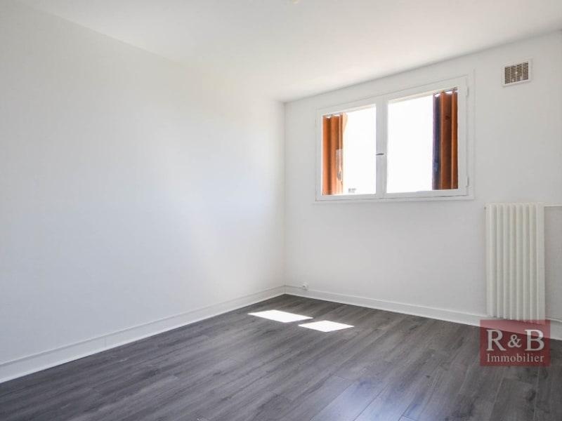 Sale apartment Les clayes sous bois 151500€ - Picture 4