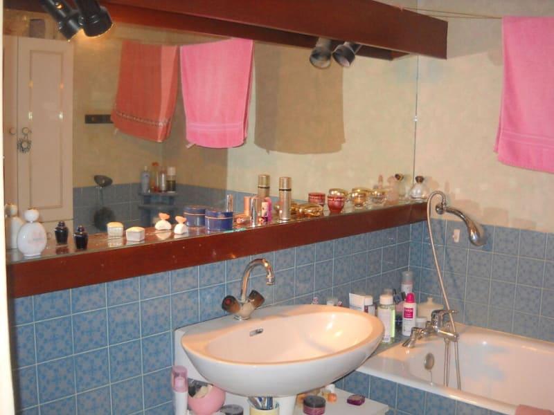 Sale apartment Niort 87000€ - Picture 6