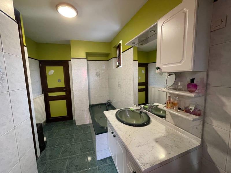 Sale house / villa Beauficel-en-lyons 263000€ - Picture 5