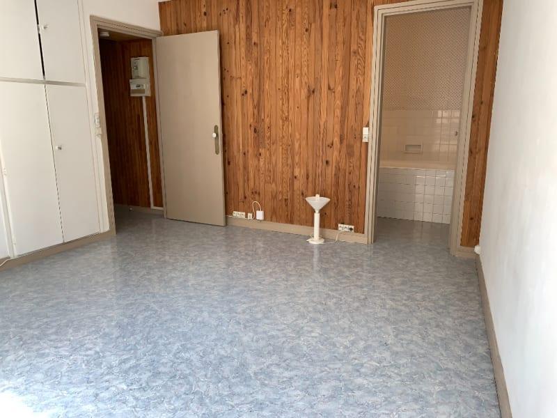 Location appartement Vanves 690€ CC - Photo 4