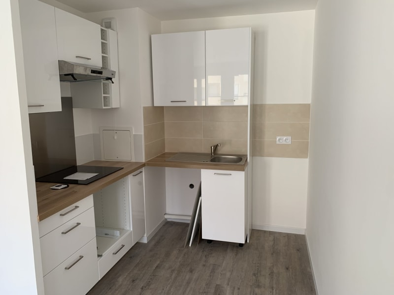 Rental apartment Montlhéry 895€ CC - Picture 2