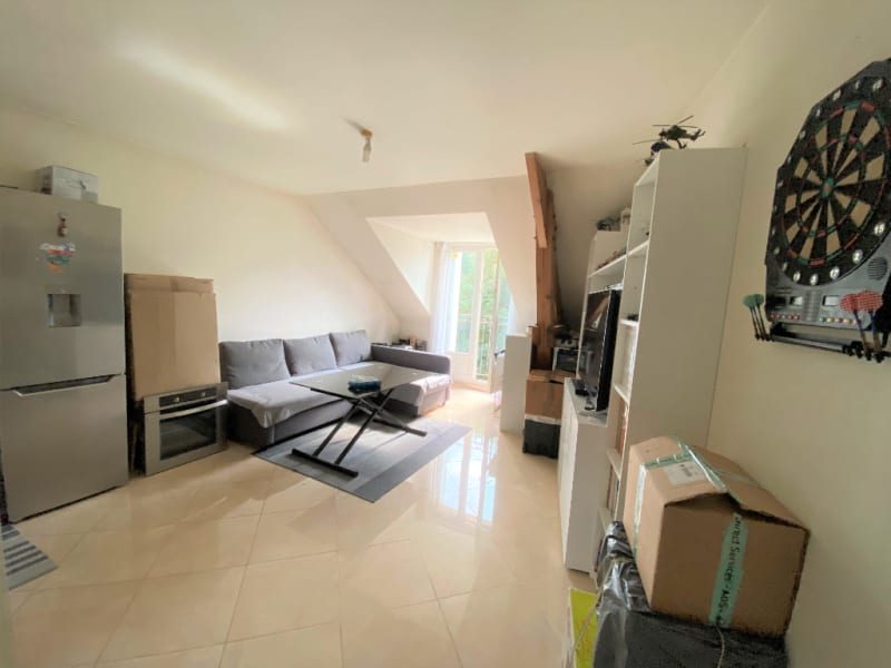 Sale apartment La queue en brie 156600€ - Picture 1