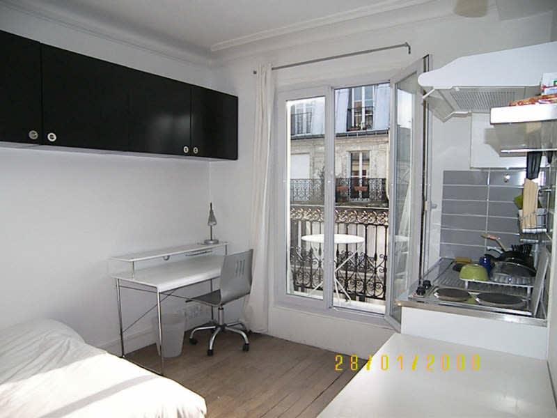 Rental apartment Paris 11ème 700€ CC - Picture 1