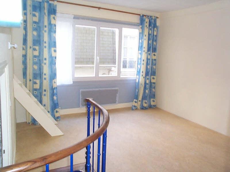 Rental apartment Paris 9ème 730€ CC - Picture 4