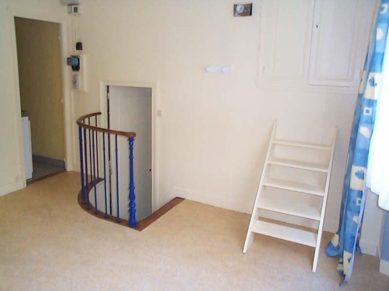 Rental apartment Paris 9ème 730€ CC - Picture 8