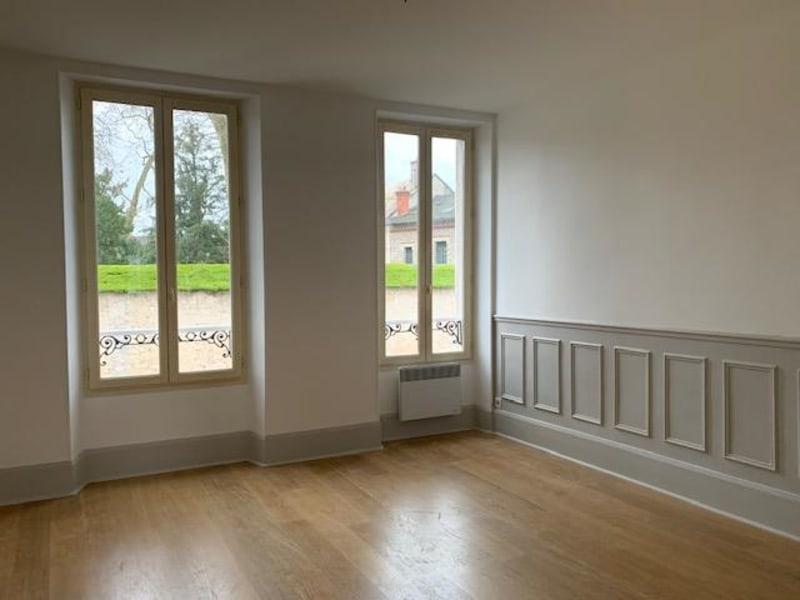 Location appartement Fontainebleau 774€ CC - Photo 2