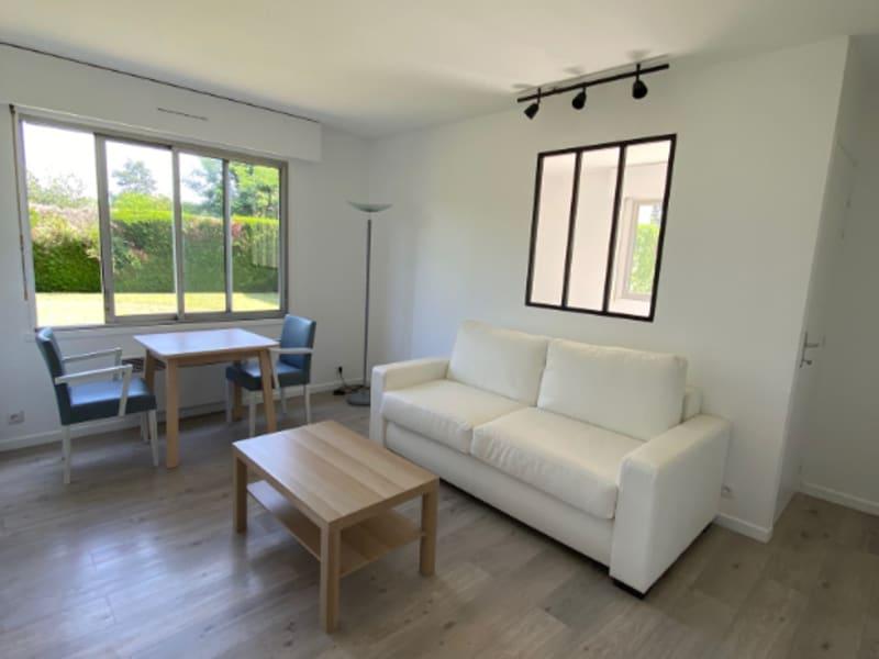 Rental apartment Maisons laffitte 995€ CC - Picture 2