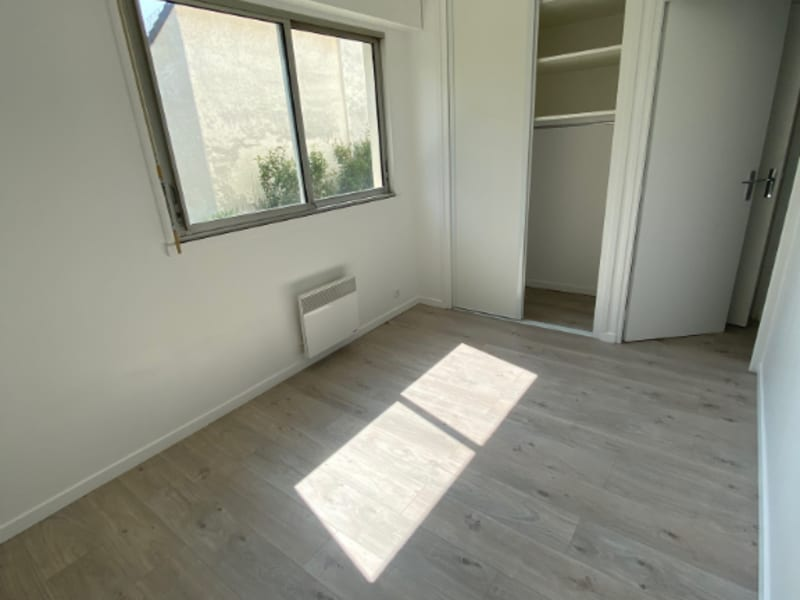Rental apartment Maisons laffitte 995€ CC - Picture 7