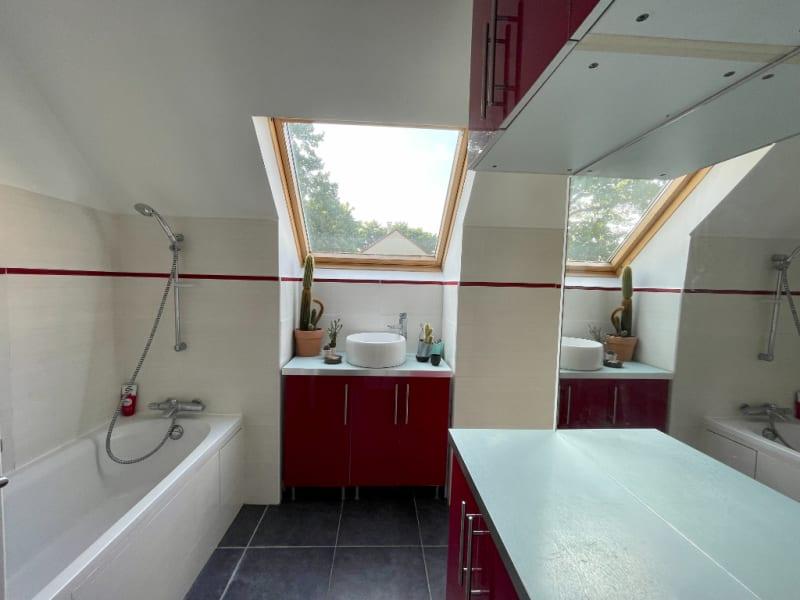 Vente maison / villa Osny 553800€ - Photo 9