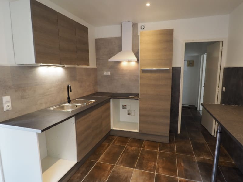Location appartement Melun 920€ CC - Photo 2