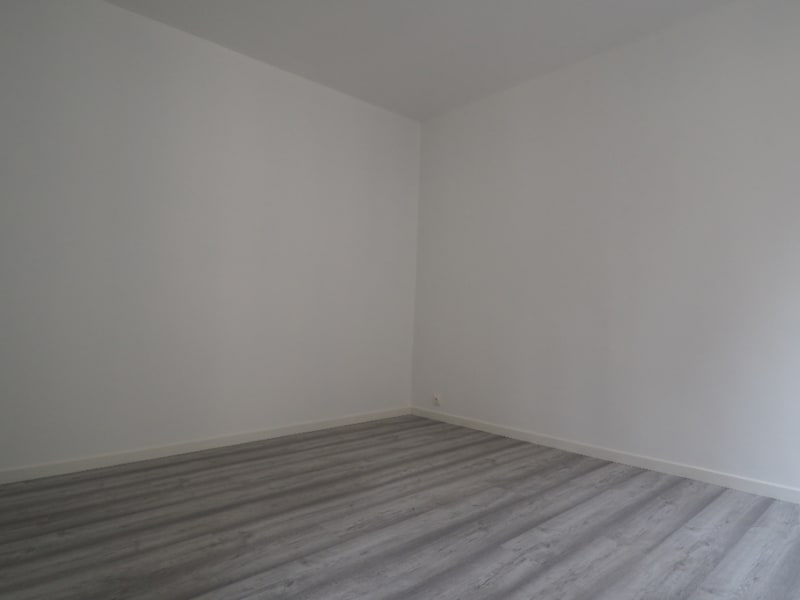 Location appartement Melun 920€ CC - Photo 9