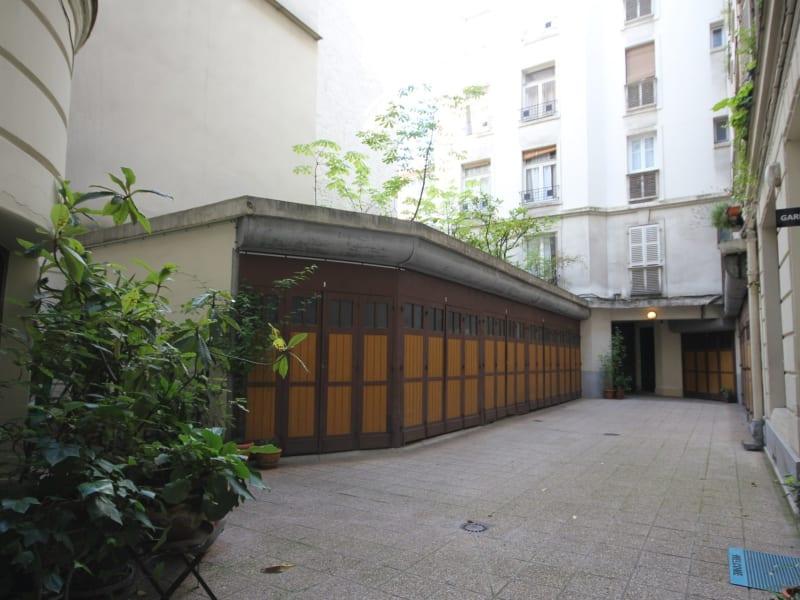 Sale apartment Paris 18ème 990000€ - Picture 15