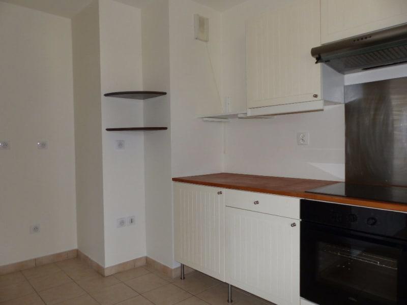 Rental apartment Carrieres sous poissy 748,69€ CC - Picture 3